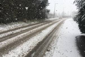live updates as snow starts falling in parts of derbyshire