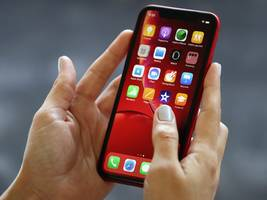 Apple's budget iPhone XR was the most popular phone in the world in 2019, figures suggest