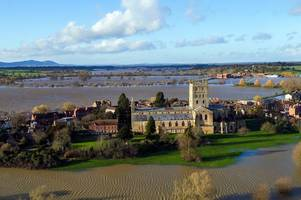 wet wednesday on wye and torrent thursday on the severn as rivers peak in ross, monmouth, tewkesbury and gloucester