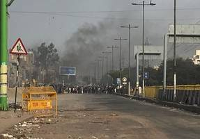 in delhi's yamuna vihar, hindus and muslims wage a united battle against riots