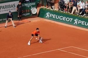 novak djokovic through to quarter-finals at dubai duty free tennis championships