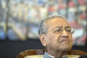 malaysian king meets mahathir, who's trying to be pm again