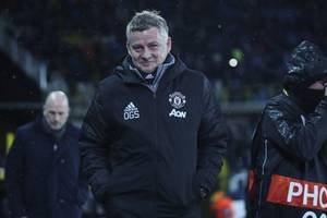 solskjaer: manchester united could suffer without champions league riches