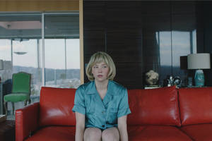 'swallow' film review: haley bennett stars in a horror tale with too many unanswered questions