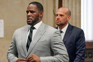 r kelly denies sex abuse at trial as child pornography charges brought to court
