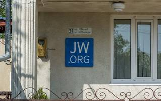 crimean court jails jehovah's witness for religious extremism