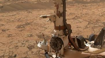 life on mars: organic molecules discovered by red planet rover offer major hint