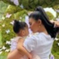 kylie jenner chose not to breastfeed daughter stormi 'from the start'