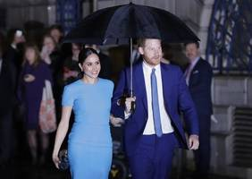 duke and duchess of sussex attend one of their last royal engagements