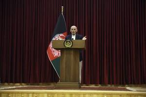 Afghan peace pact in chaos as presidential rivals squabble