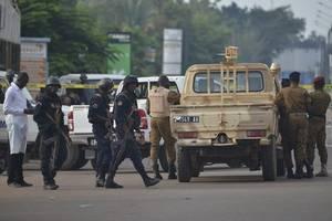 gunmen kill 43 in attacks on 2 villages in burkina faso