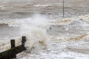 flood warnings put in place for parts of the essex coastline overnight