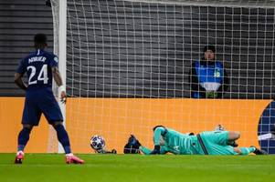 tottenham player ratings: hugo lloris struggles with his defence, dele alli and lo celso battle