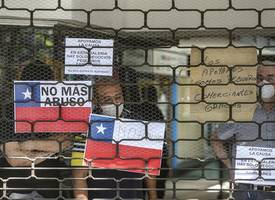 chile marks 30 years of democracy; students ramp up protests against inequality