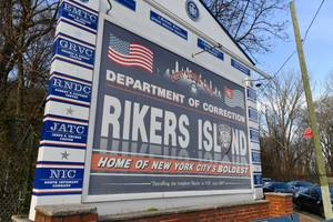 correction officer on rikers island tests positive for coronavirus as calls to release inmates intensify