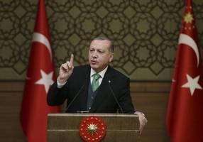 erdogan discusses migrant crisis with macron, merkel and johnson