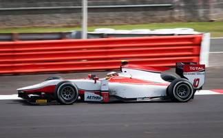 f1 launches virtual grand prix to keep fans entertained