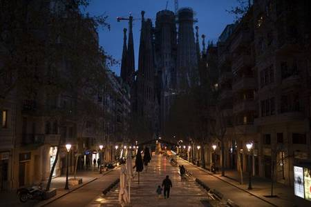 spanish pm seeks to extend state of emergency for another 15 days