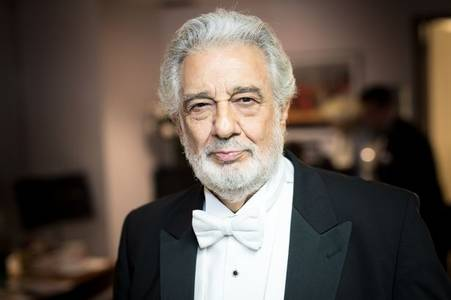 placido domingo tests positive for coronavirus - and asks fans to stay home