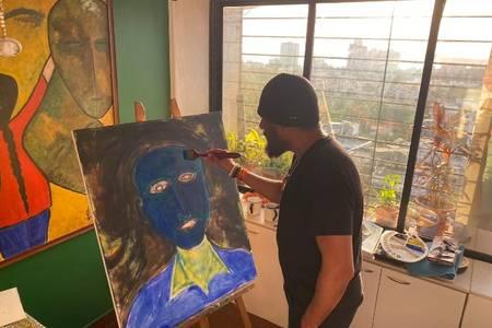 coronavirus outbreak: vivek agnihotri to sell his paintings and raise money
