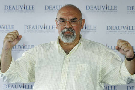 stuart gordon, director of cult horror films 're-animator' and 'just beyond,' dies at 72