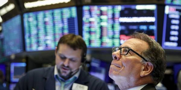 dow climbs 500 points as coronavirus stimulus bill offsets dismal jobless-claims report