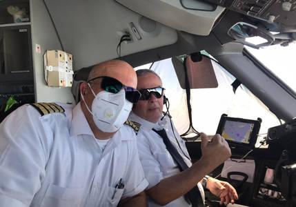 Special El Al flight brings Israelis home from Colombia