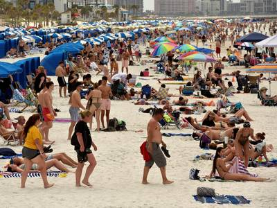 thousands of spring breakers traveled from one florida beach to cities across the us — mapping their phone data shows the importance of social distancing amid the coronavirus outbreak