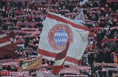 Fans continue to question Bayern Munich's silence on Qatar