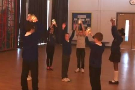 hull school children pay beautiful tribute to city's key workers