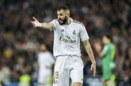 Benzema makes unflattering comparison between him and Giroud