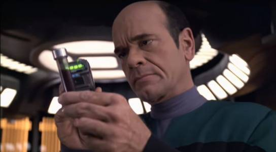 star trek: voyager gets 4k upscale remaster via ai