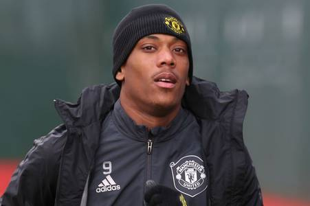 anthony martial told what he must do to avoid being replaced by man utd