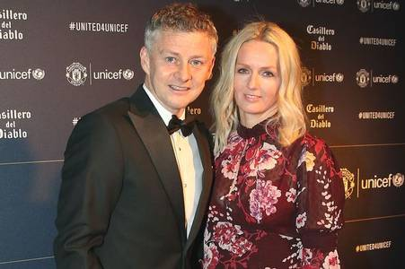 ole gunnar solskjaer has joked that wags will be helping his players train