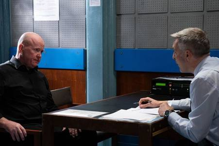 eastenders spoilers: fan favourite in dramatic return to help phil mitchell