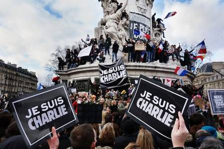 france pushes back charlie hebdo attack trial to september