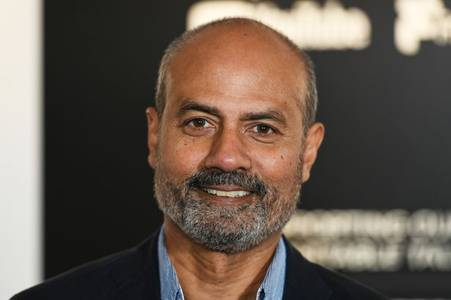 newsreader george alagiah tests positive for coronavirus as he battles cancer