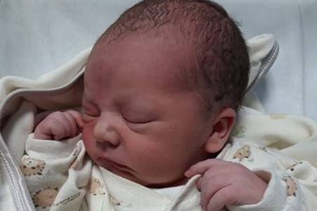 Couple's message for soon-to-be lockdown parents after Treliske birth