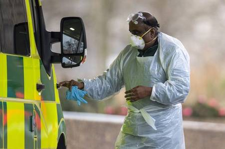 Coronavirus: Live updates as UK sees biggest leap in deaths in 24 hours