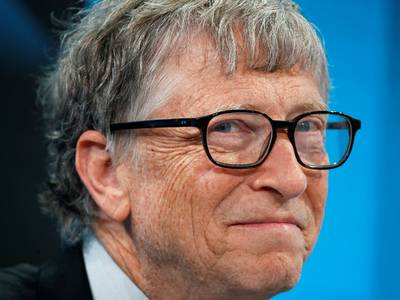 bill gates is funding new factories for 7 potential coronavirus vaccines, even though it will waste billions of dollars