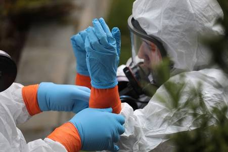 Nearly 700 people have died in 24 hours in the UK as pandemic worsens