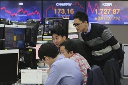 s.korea's foreign reserves fall to 400.21 bln usd in march