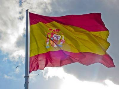 spain's coronavirus death toll jumps by 932 but slowing infection rate spurs hope