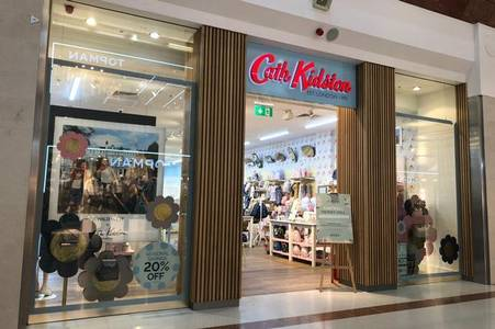 cath kidston  in desperate race to find buyers