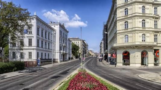 Tyrol, Austria's ground zero in coronavirus outbreak, lifts quarantines