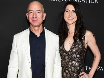 mackenzie bezos just made the forbes billionaires list for the first time, but she's still not the richest woman in the world. here's how her $36 billion fortune stacks up against her wealthier peers.