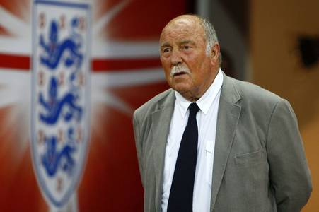 Jimmy Greaves update after England legend spends comfortable night in hospital