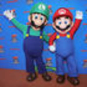 Vintage Super Mario Bros video game sells for $173,000